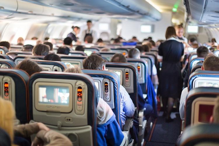 Shutterstock 340124867 in Europas klassische Fluggesellschaften verbuchen 2015 Passagierplus