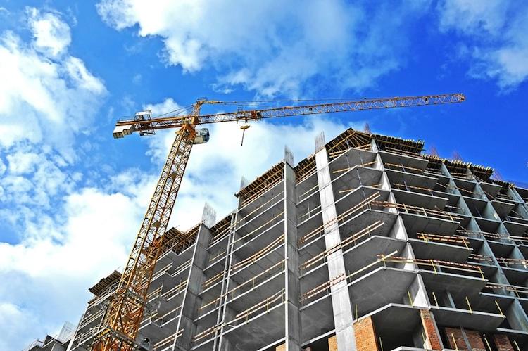 Baustelle-shutt 196734746 in Immobilienbranche fordert Neustart bei sozialem Wohnungsbau
