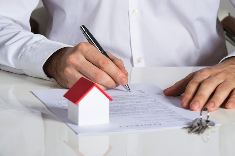 Haus-vertrag-shutt 376188409 in WIKR hat Kreditvergabegeschäft nicht nachhaltig geschadet
