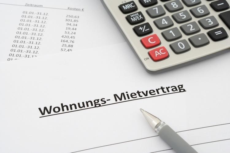 Mietvertrag-shutt 247453447 in Fast jede dritte Wohnung von Mietpreisbremse betroffen