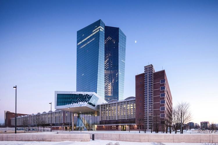 EZB in Deutsche Finanzvorstände befürchten Blasen an Finanz- und Immobilienmärkten