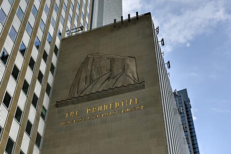 Prudential verdient dank guter Geschäfte in Asien operativ mehr