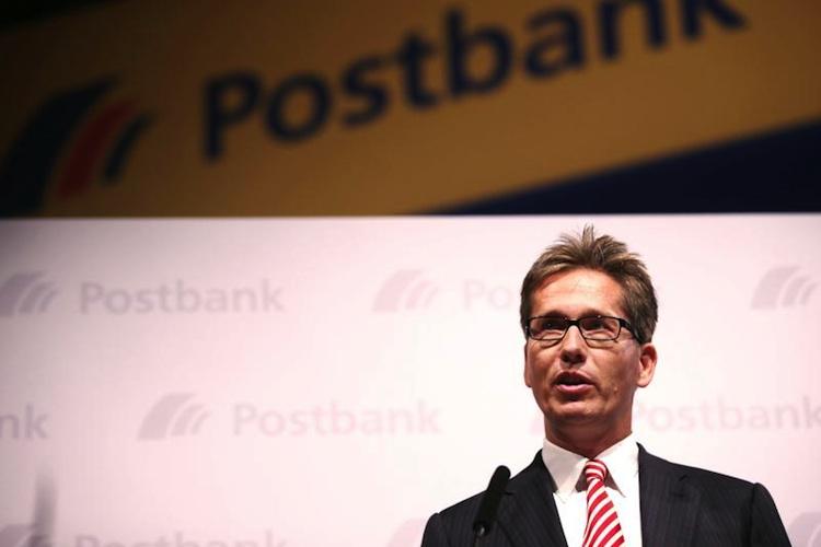 Postbank-Chef Strauß stellt kostenloses Girokonto in Frage