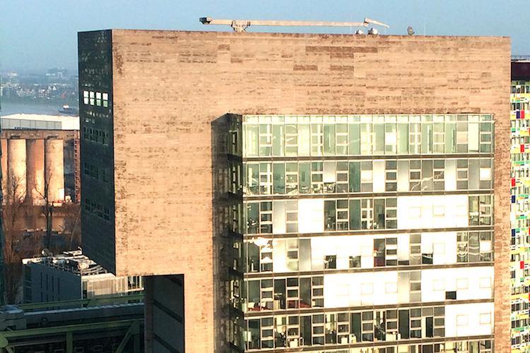 KGAL DOCK Bu Roimmobilie-Kopie in KGAL erwirbt DOCK Büroimmobilie im Medienhafen Düsseldorf