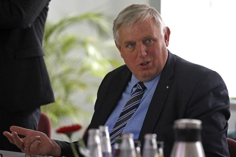 Pflegebetrug: Laumann will Kassen in die Pflicht nehmen