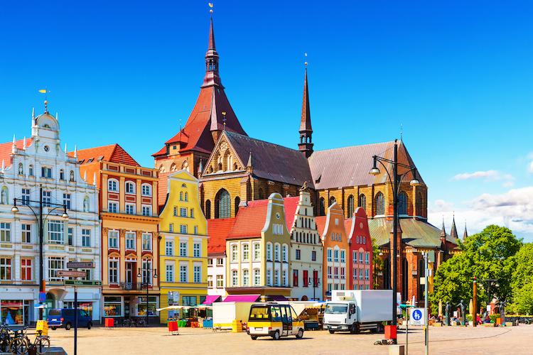 Rostock280359842-Kopie in Chancen und Defizite am ostdeutschen Immobilienmarkt