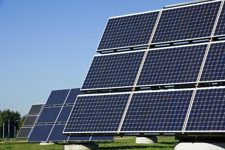 Shutterstock 1547364771 in Ausbau von Solaranlagen stagniert