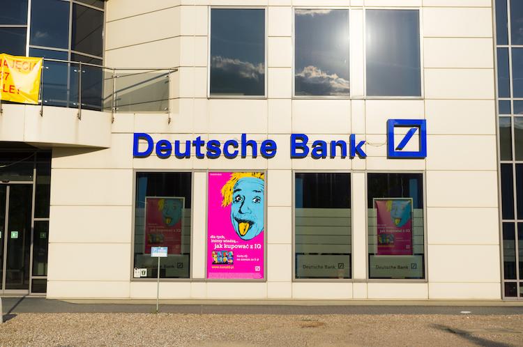 Shutterstock 231983902-1 in Freispruch für Fitschen und vier weitere Banker