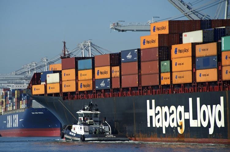 Shutterstock 248508853 in Hapag-Lloyd will mit arabischer Reederei zusammengehen