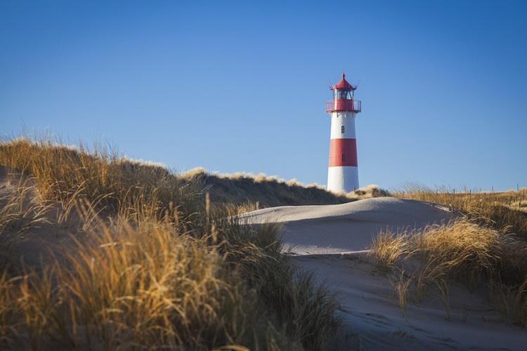 Sylt-leuchtturm-list-shutt 386827189 in Sylt schränkt Bau von Ferienwohnungen ein