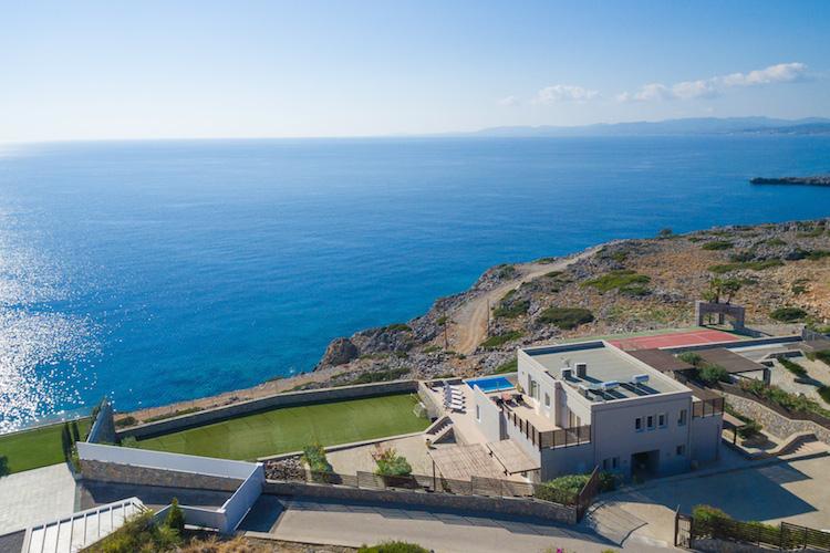 1 Villa Lindos-cEngel-Vi Lkers-Rhodos in Ferienimmobilienmarkt Rhodos: Steigende Anfragen ausländischer Käufer