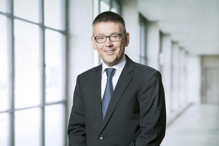 HJ Stahel 750 in Swiss Life bilanziert erfolgreiches Firmenkundengeschäft