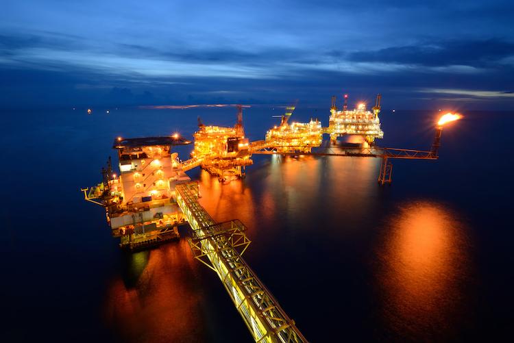 Shutterstock 139825444 in Der Fall Öl