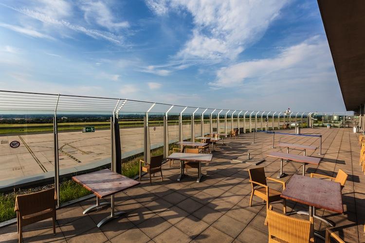 Shutterstock 303103166 in Publity-Fonds investiert am Flughafen Dortmund