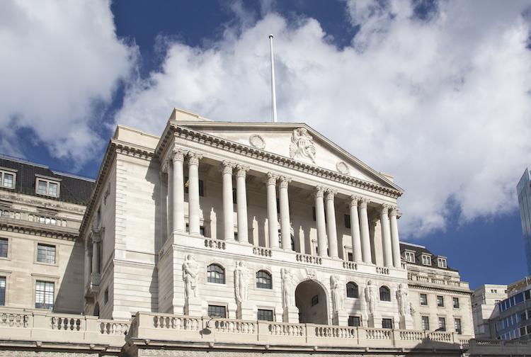 BoE 339105116 in Brexit: Bank of England warnt vor Pfund-Absturz