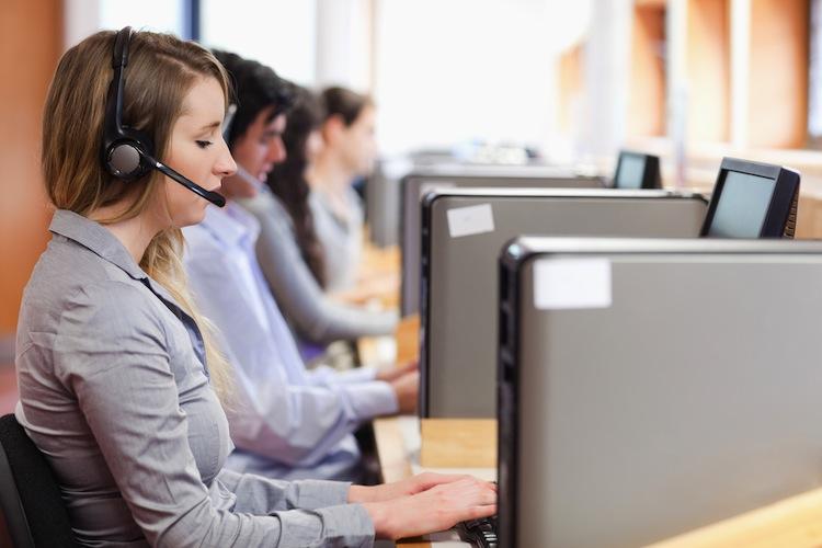 Bankberatung: Kunden wollen keine Call-Center