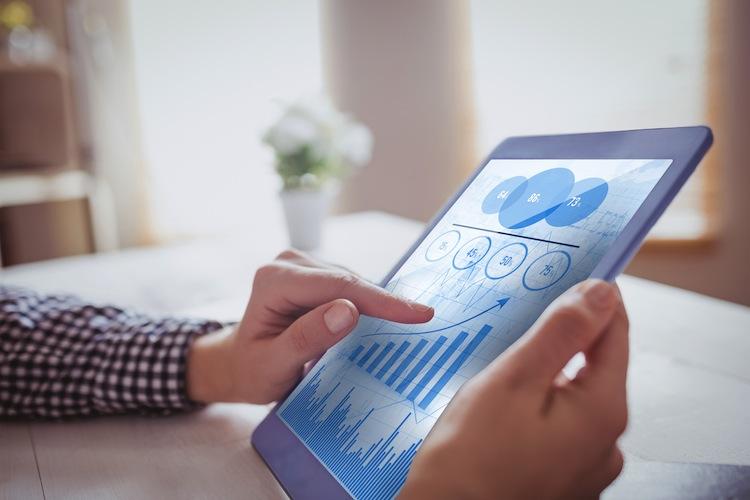 Geldanlage: Verbraucher informieren sich im Internet
