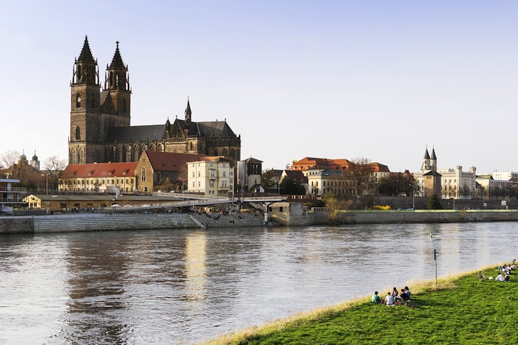 Shutterstock 269996270 in ZBI: 40 Millionen Euro für Spezial-AIF zugesagt