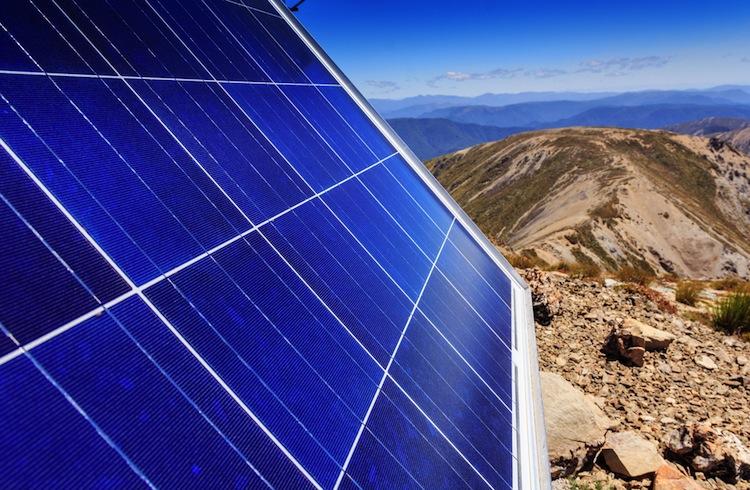 Shutterstock 293711096 in HEP bringt Solarfonds mit internationalem Fokus