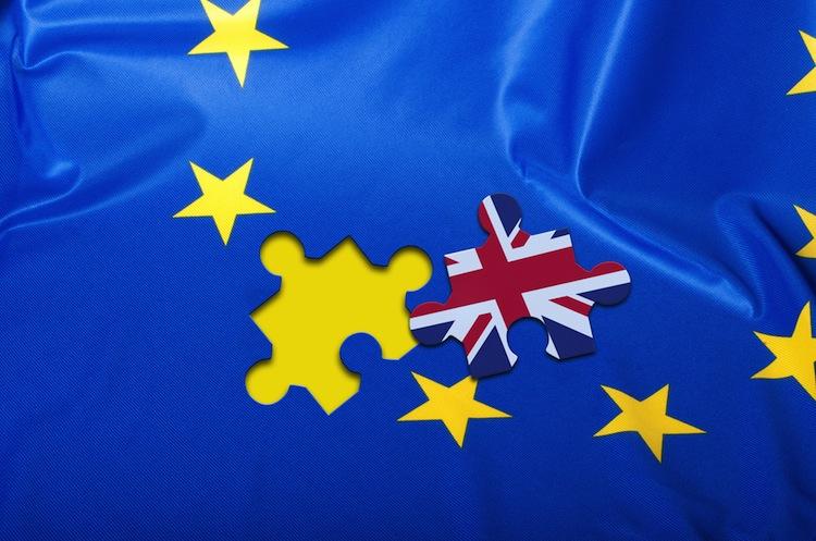 Shutterstock 338831222 in Brexit: Nicht einfach eine Tür, die zugeschlagen wird