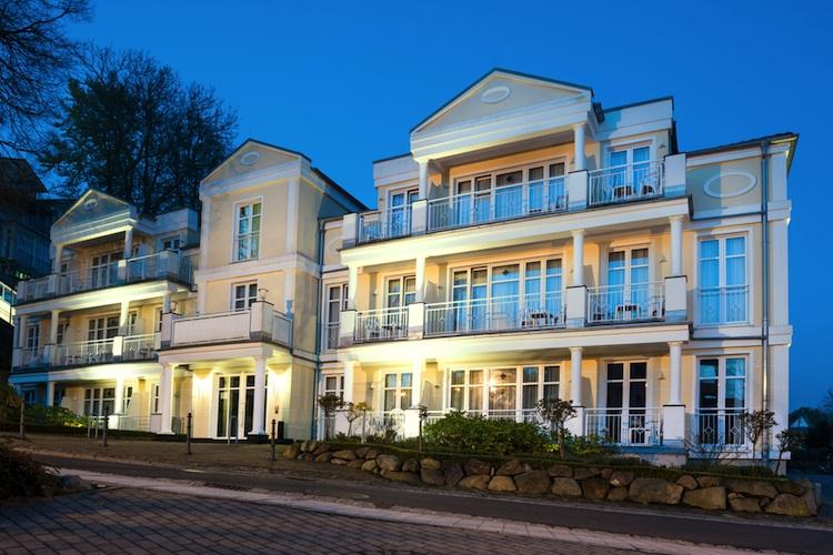 Villa-ruegen-luxuswohnen-shutt 209627137 in Nachfrage nach Premiumimmobilien steigt