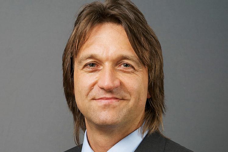 Andreas König verfügt über langjährige Erfahrung im Devisenhandel und ist erfolgreich als Fondsmanager aktiv.