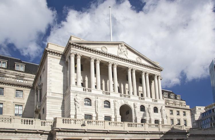 Britische Notenbank vor geldpolitischer Lockerung