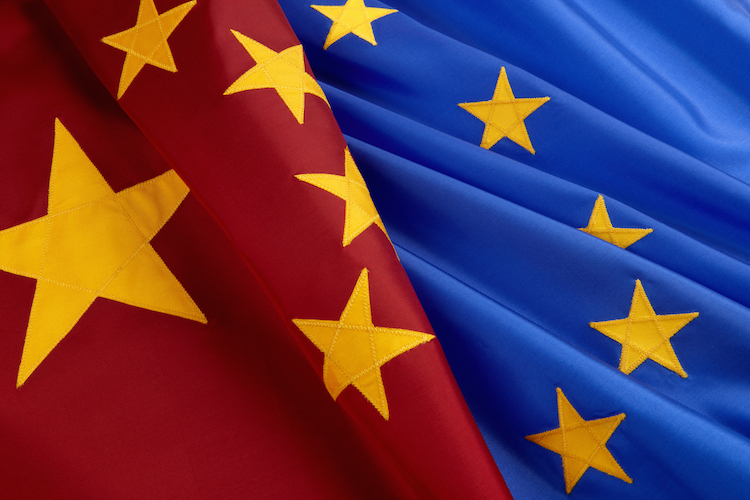 China in Chinesen auf großer Shopping-Tour in Europa