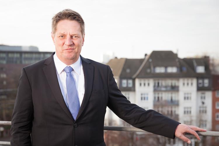 Loewer012 Ausschnitt-Cash in Drei Jahre KAGB: Gewinnt der graue Markt?