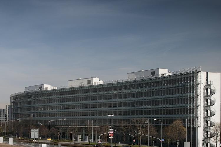 Bafin geht gegen Geschäfte der SPS Bank in Deutschland vor