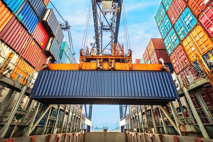 Sinkende Nachfrage außerhalb der EU dämpft Exportwachstum