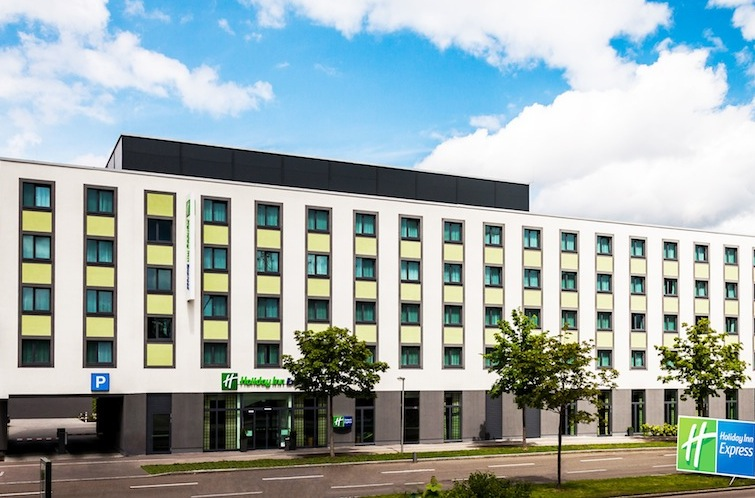 PATRIZIA Augsburg Hotel-Holiday-Inn Rechte DQuadrat in Patrizia: Investment in der Fuggerstadt
