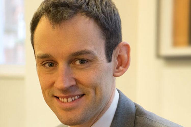 Taylor-John AB-Kopie in Investoren können der europäischen Niedrigzinsfalle entkommen