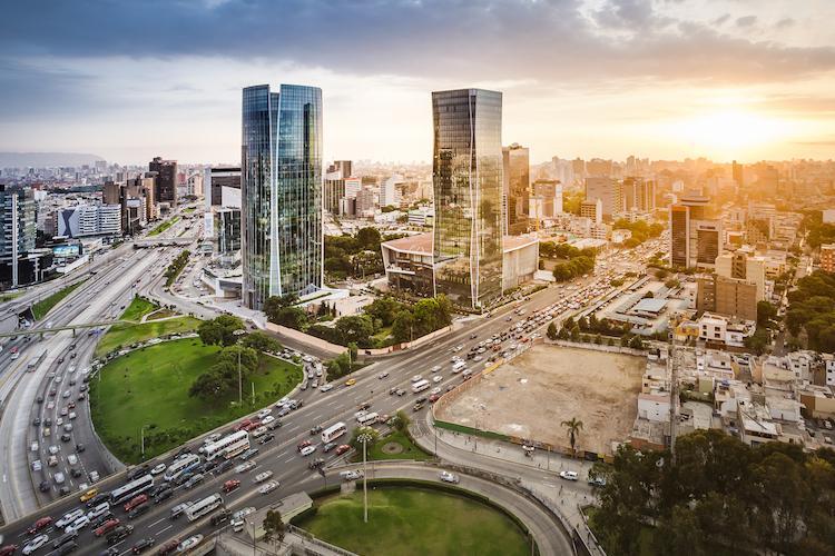 Lima-peru in Peru bietet Wachstumspotenzial und ist breit diversifiziert