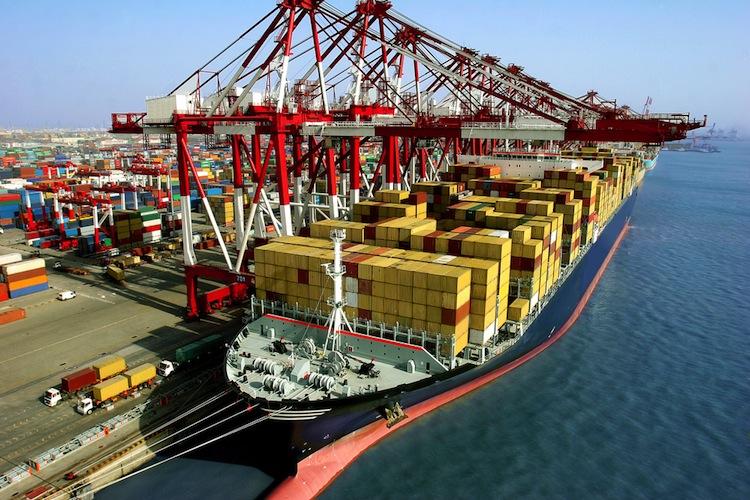 Shutterstock 132894758 in Hapag-Lloyd-Chef: Container-Schifffahrt erholt sich wieder