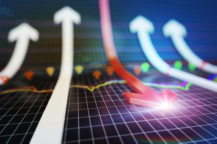 Shutterstock 361630532 in Fondsbörse: Umsatz im Juli deutlich rückläufig