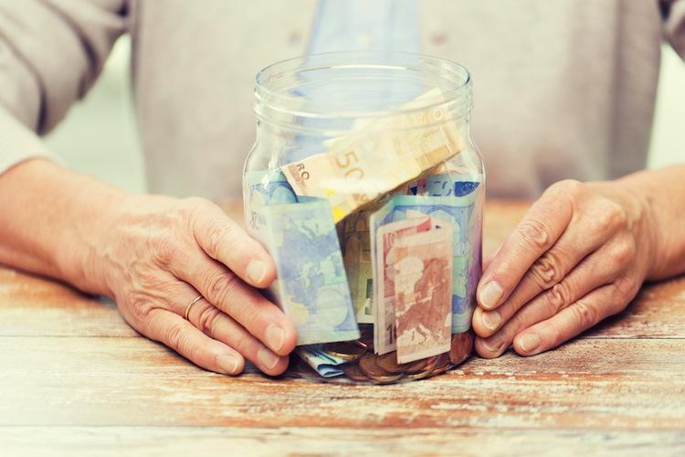 Rente-1 in Abschlagsfreie Rente mit schmerzhaften Folgen für Betriebe und Beitragszahler