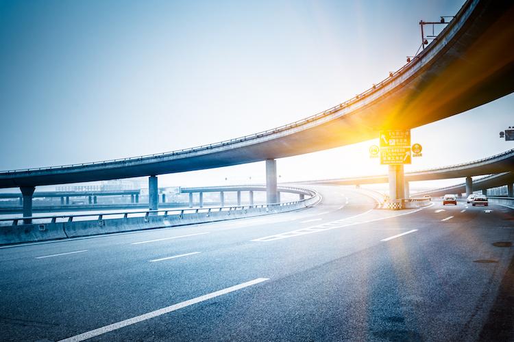 Autobahn in Fondsvolumen des Ve-Ri Listed Infrastructure steigt sprunghaft an