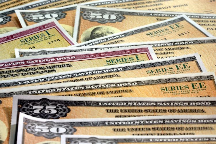 Firmenbonds: Experten warnen vor Schulden-Fiasko