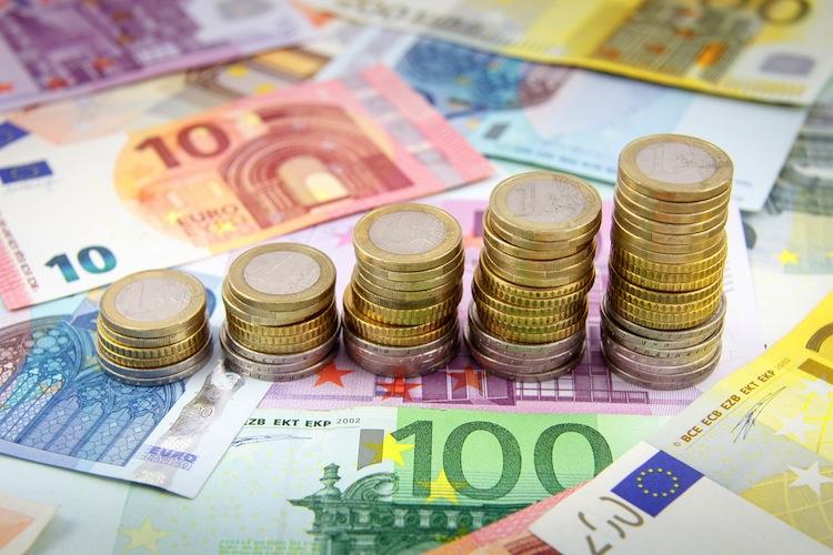 Geldvermoegen in Rentenfonds überholen Mischfonds