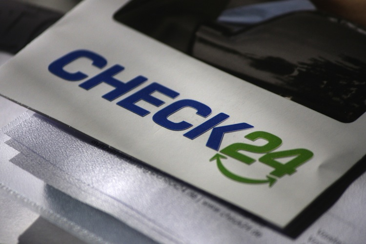Versicherungskaufleute prüfen neue Klage gegen Check24