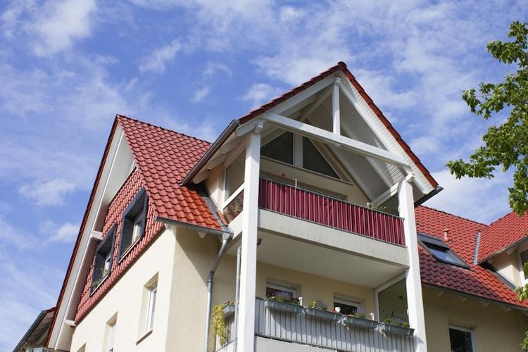 Haus-eigenheim Shutt 301312625 in Baufinanzierung 2017: Zinsen vorerst weiter auf niedrigem Niveau