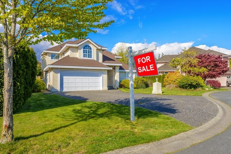 Haus-usa-shutt 348914792 in USA: Verkäufe bestehender Häuser fallen vierten Monat in Folge