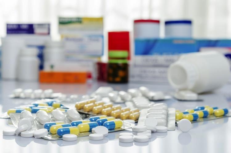 Shutterstock 168702206 in Neue Preisbremse für Arzneimittel