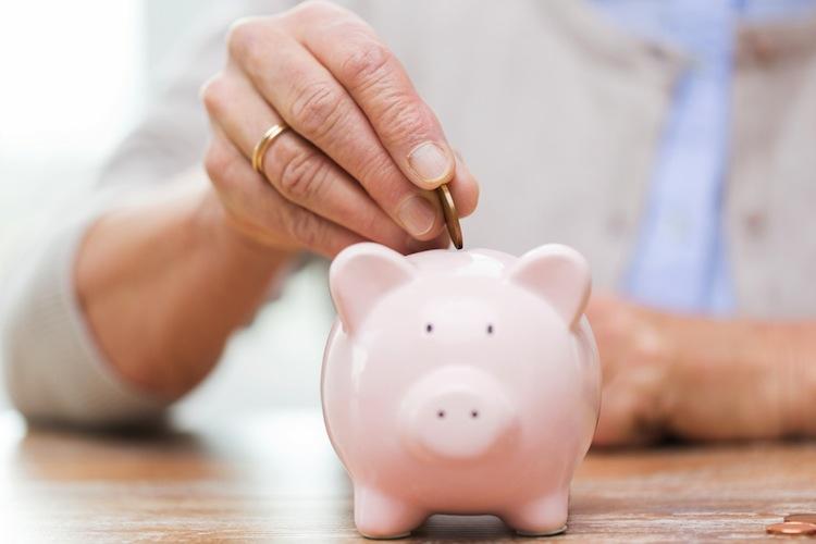 Shutterstock 316713254 in Private Altersvorsorge: Oft fehlt das Geld