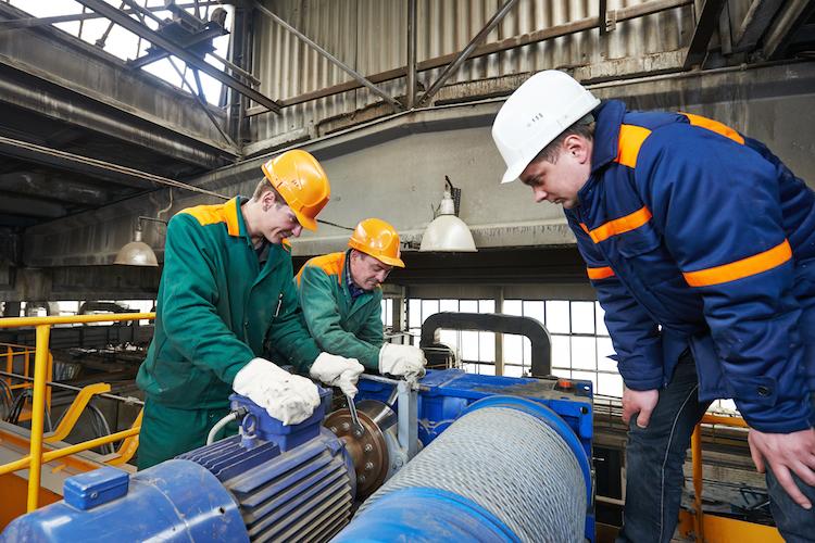 AKS1 in Rundum-Schutz zur Absicherung der Arbeitskraft