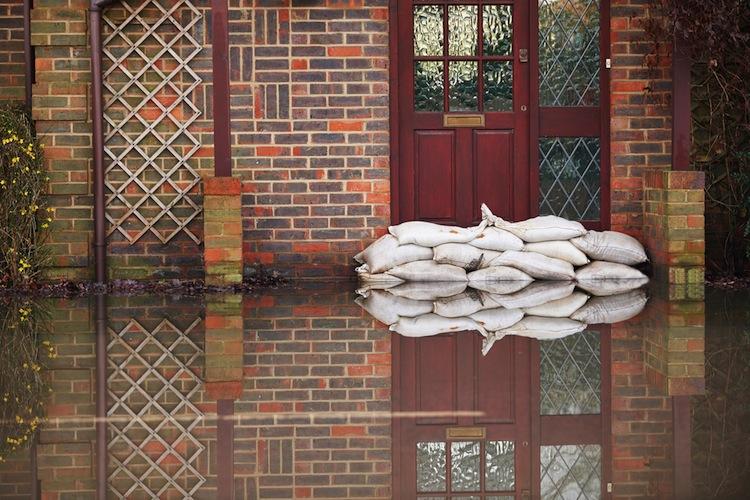 Shutterstock 344300294 in Aon Naturkatastrophenbericht 2019: 70 Prozent der weltweiten Schäden nicht versichert