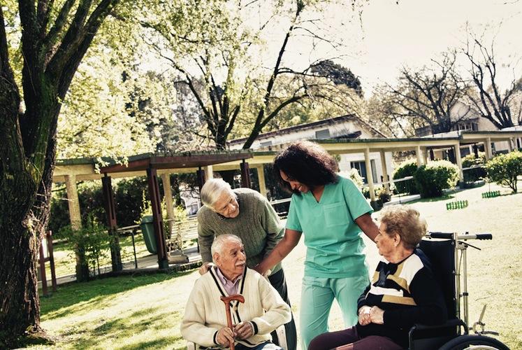 Shutterstock 518280922 in Barmer: Pflege in Deutschland hängt vom Wohnort ab