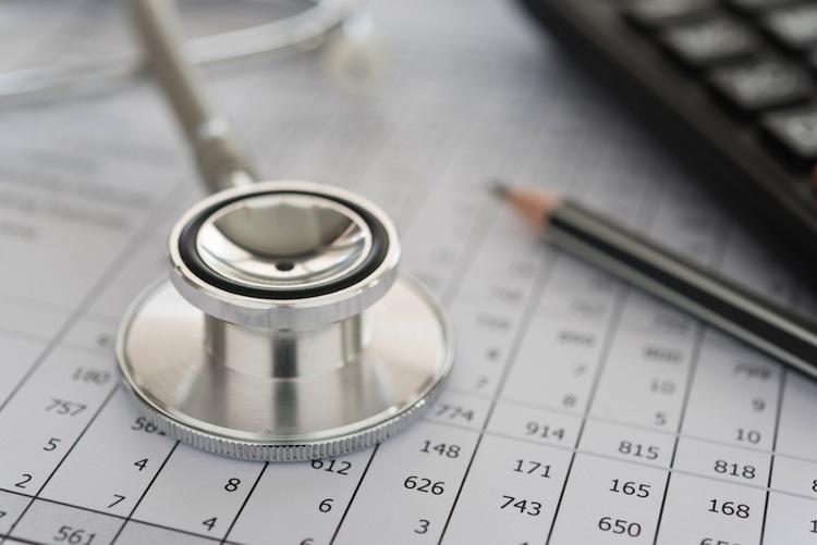 Shutterstock 519962233 in FAZ: Überschuss der Krankenkassen bei 1,5 Milliarden Euro