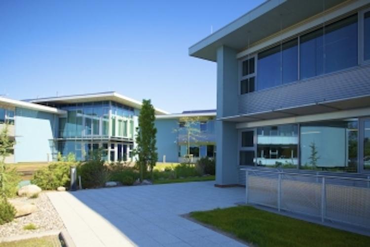 in Publity-Fonds kauft WKN-Zentrale in Husum